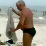 Betrunken am Strand