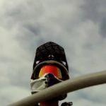Motocross vs. Flugzeug